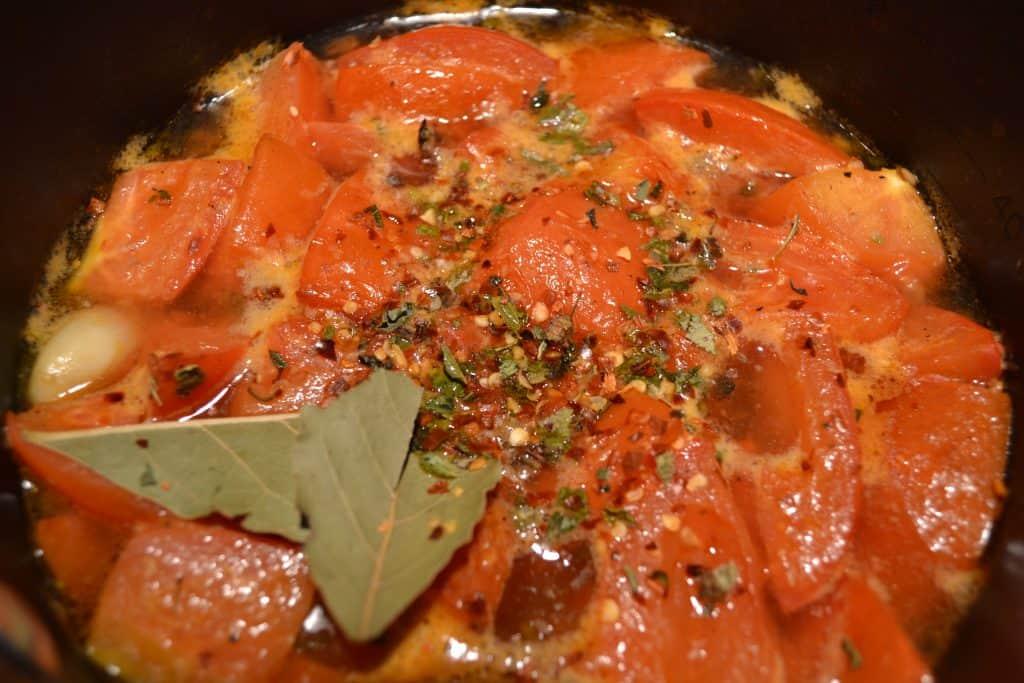 Spicy tomato sauce for Spanish Meatballs